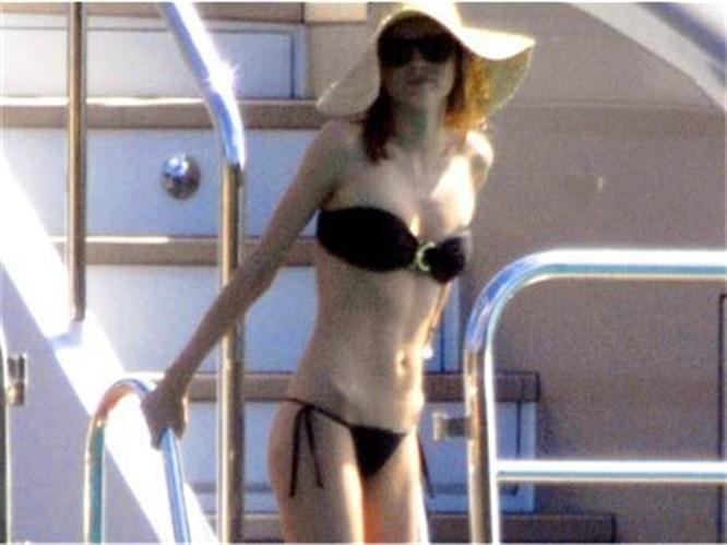 Bikini kimseye bu kadar yakışmıyor!